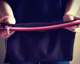 clutch /// black with pink and red zipper