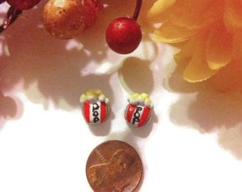 Popcorn Post Earrings, Polymer Clay Charms, Popcorn jewelry, Popcorn accessories, Food Miniature, Polymer Clay, fake food, gift ideas, studs