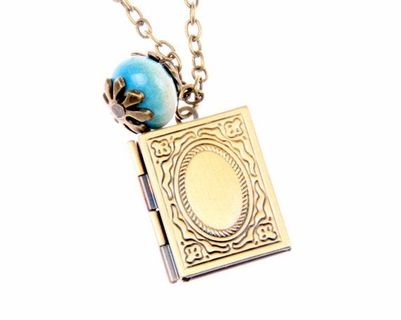 """Necklace Pocket  """"Medallion Porte Photo Old book"""""""