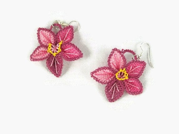 Ombre pink flower crochet earrings, Turkish  oya jewelry, Dangle earrings, Pink tatted lace earrings gift ideas  for her