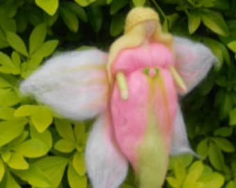 Needle felted Fairy, Waldorf Inspired