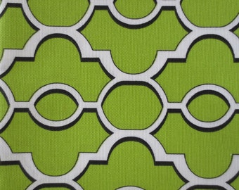 Outdoor Pillow Cover / Green Geometric Print Pillow Cover / Waterproof Pillow Cover