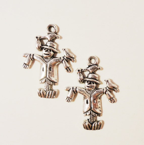 Silver Scarecrow Charms 25x18mm Antique Silver Metal Fall Autumn Farm Harvest Halloween Charm Pendant Jewelry Making Findings 10pcs