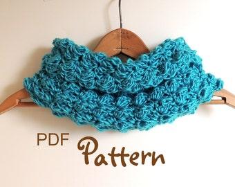 PDF CROCHET PATTERN, Beautiful Crochet Cowl, Digital Download, Photos, Easy to Follow