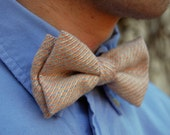 Blush Pink Tweed Bow Tie - Clip-on Bowtie in Pale Pink Peach Vintage Fabric