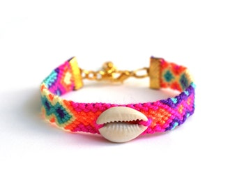 Cowrie Shell Friendship Bracelet.