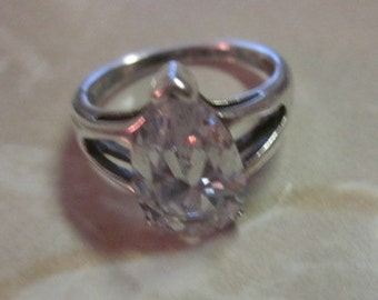 Vintage ESTATE SALE 925 Sterling Silver Pear Tear Drop CZ Engagement Wedding Ring, Size 6, Wedding, Statement Ring