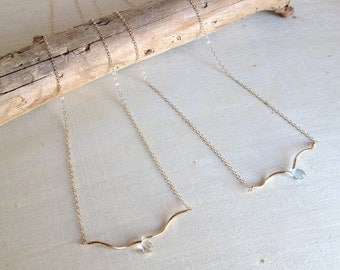 ROCÍO minimalist curved bar with stunning blue topaz or rock crystal mommy - women necklace