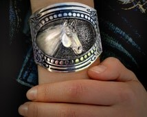 Horse Bracelet,Quarter Horse Head Bracelet with Gun Stock patterned metalwork Western Art for your wrist!