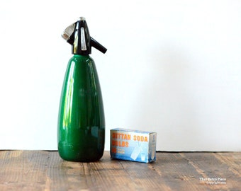 Vintage emerald green soda syphon, made by BOC England