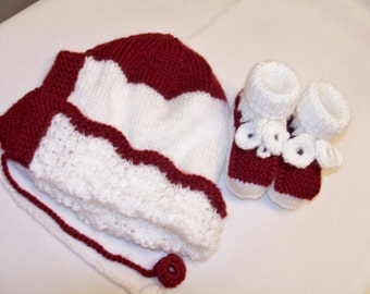 Knitted 2 piece baby set - burgundy baby hat and booties set - burgundy and white baby set - knitted baby hat - burgundy baby booties