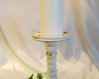 Antique Gold Accented Pillar Candle Holder