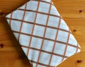 Vintage Brown Orange Diamond Geometric Patterned Twin Sheet by Cannon Monticello