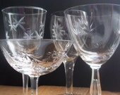 Eclectic Set of 4 Vintage Etched Cocktail/Wine Glasses Housewares Entertaining Holiday Table Wedding - SPARKLESandSASS