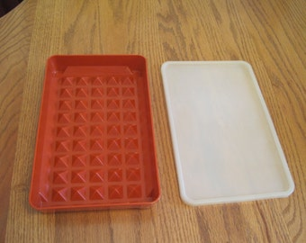 Vintage 2 Piece  Meat & Bacon Keeper 1970,s