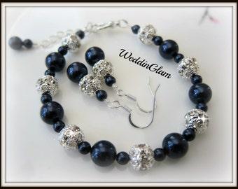 wedding bridesmaid set, Swarovski Navy Blue Pearl & Rhinestone Bridal Bracelet, Bridesmaid bracelet and earrings set, midnight blue set