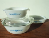 Set of 3 Vintage Pyrex casserole dishes blue flower Termocrisa