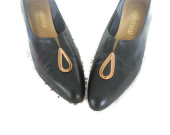 Vintage Shoes Heels Black Leather Gold Accent  Magdesians 8 S