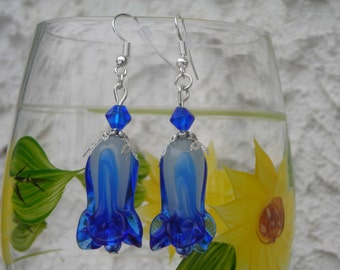 navy blue & white glass LAMPWORK TULIP and blue fx PEARL earrings