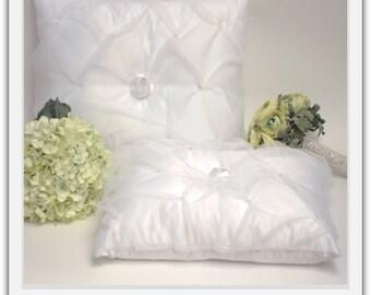 A set of Wedding Kneeling Pillow : Organza Layered