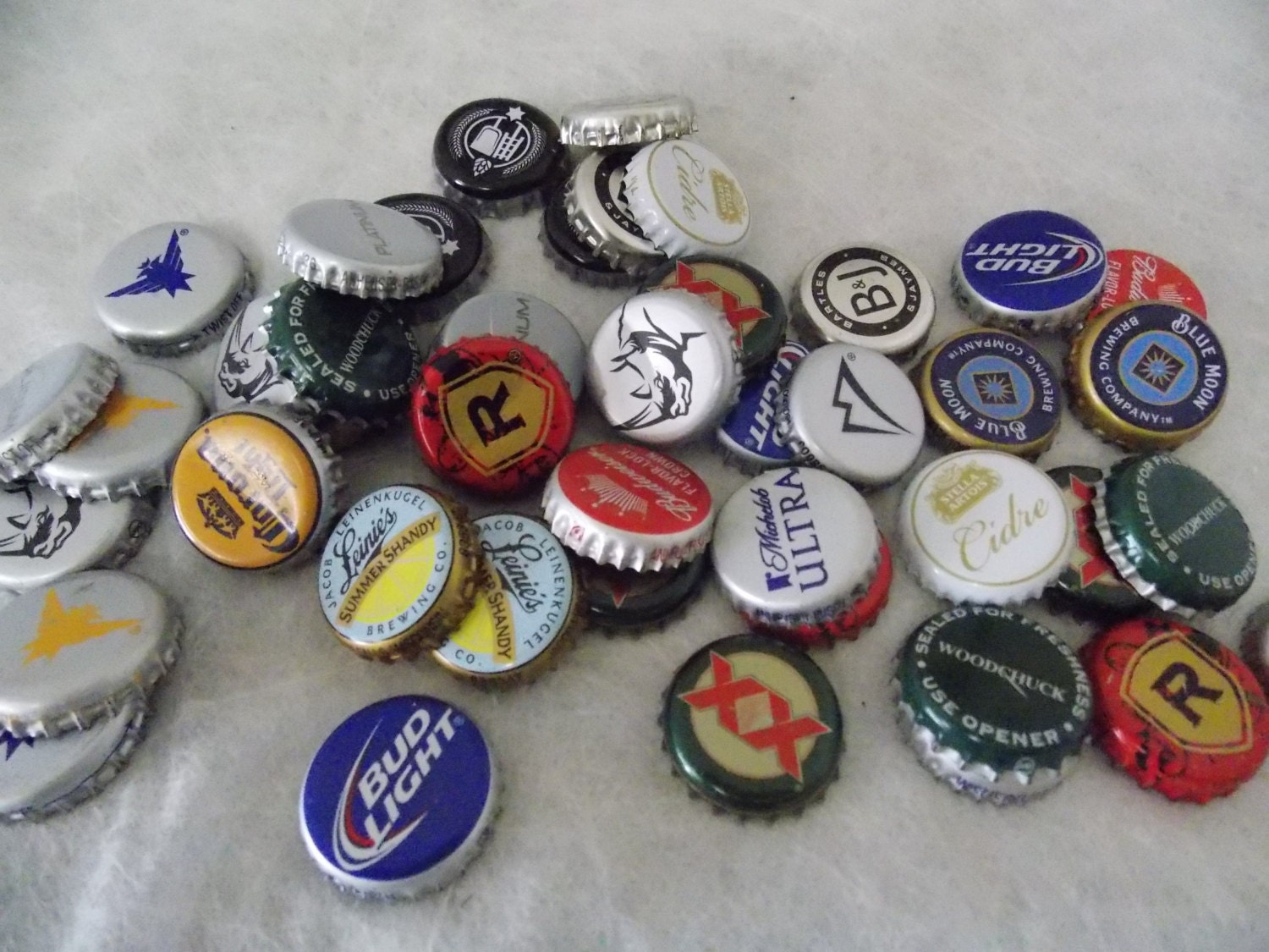 Beer bottle caps recycled 23 pcs - Beer bottle caps recyclable ...