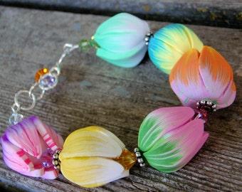 Tulip Garden Bracelet; polymer clay bracelet; spring bracelet; floral bracelet; flower bracelet; OOAK; SRAJD