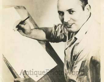 Robert Ripley cartoonist enterpreneur antique photo