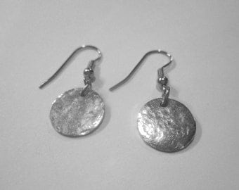 Silver Distressed hammered disc earrings