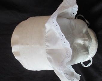 Baby Girl White Christening/Baptism Bonnet /Sun Hat Size  0-18 Months