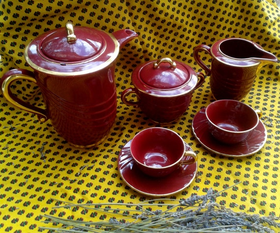 Art Deco Red Porcelain Set - Antique French 1930 - Red Gilded Coffee ,Tea Pot , Creamer, Sugar Bowl , 2 Demitasse, Saucer - PL France Marks