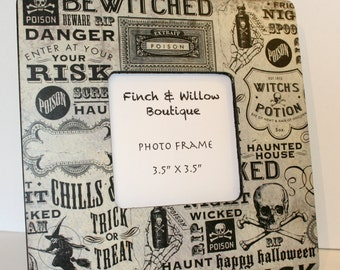 Halloween Decor, Halloween Picture frame, Photo frame, Black and white photo frame