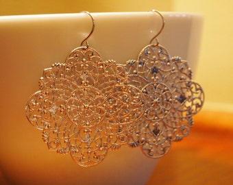 Large silver filigree earrings, lightweight silver earrings, silver plated snowflake earrings, silver pendant earring, large pendant earring
