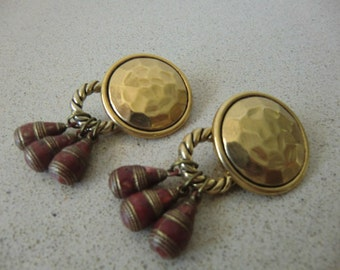 clip earrings, gold and brick