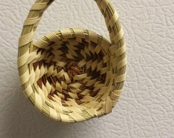 Sweetgrass Mini Side Handle Basket Magnet