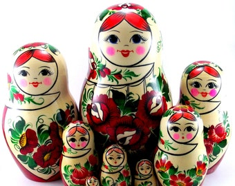 Nesting Dolls 9 pc Russian Matryoshka doll Russian stacking dolls for kids Babushka doll Wooden russian doll Authentic matryoshka Sudarushka
