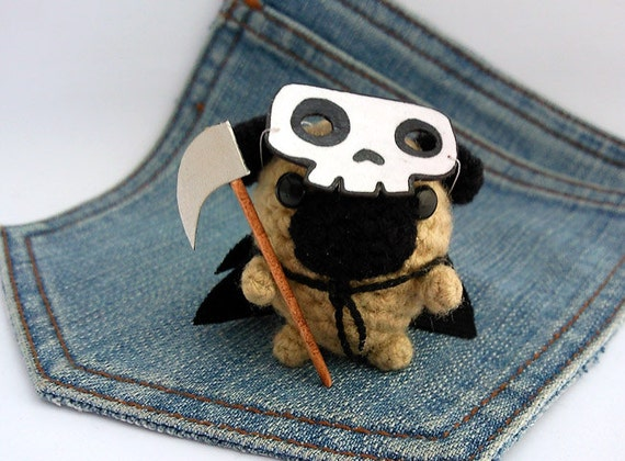 Amigurumi  Scary Skull Pug Dog, Halloween crochet Pug. Scary Dog crochet plushie. Pug costume..