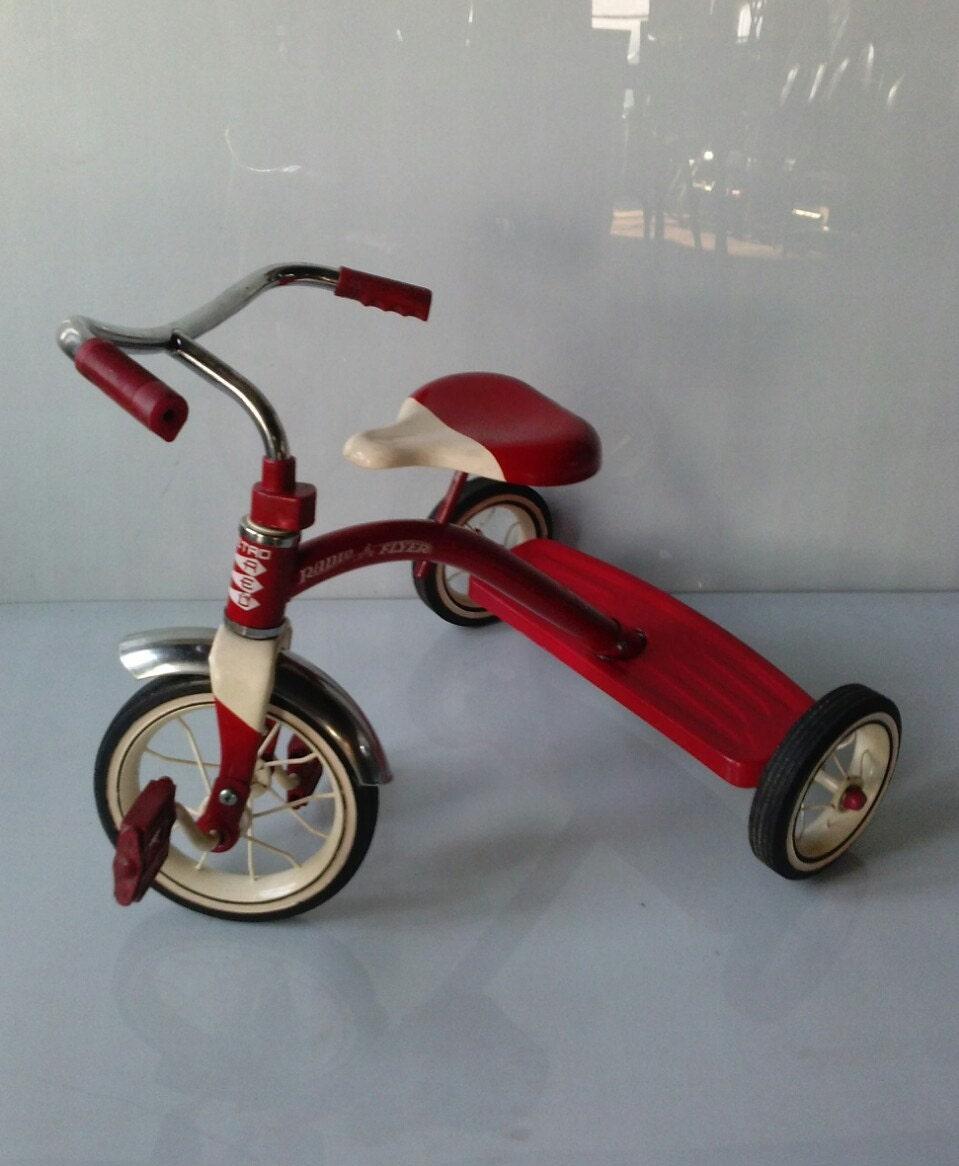 ON SALE Vintage Tricycle Radio Flyer Classic Kids Bike