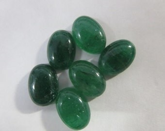 NATURAL GREEN AVENTURIAN oval cabochon 10x14 mm 5.45 cts for one pcs