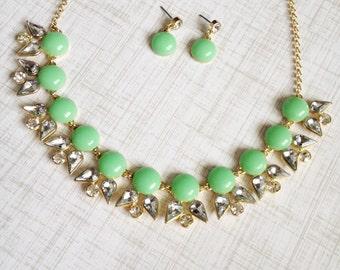 Light Green Floral Necklace Set