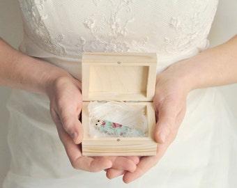 Wedding USB case, wedding case, wooden Wedding USB case, wedding case, wooden box, keepsake box, natural wood, unpainted wood