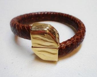 SALE: Gold Stacked Magnetic Clasp, Hammered, Licorice leather, 5mm round leather,
