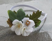 Leafy Fairy Fascinator Headband with White Flowers on a Silver Gray Headband, White and Green Flower Crown, Spring Wedding Headpiece, A07