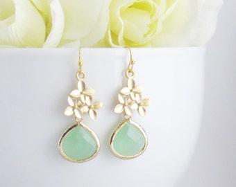 Green Dangle Earrings, Mothers Day Gift, Cherry Blossom Earrings, Drop Earrings, Bridesmaid Earrings, Bridesmaid Jewelry, Wedding Jewelry