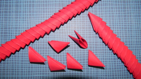320 red 3d origami triangles pieces from leesorigami on etsy studio. Black Bedroom Furniture Sets. Home Design Ideas