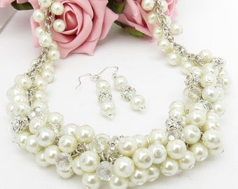 5 x White Chunky Necklace, Vintage Style Necklace, Pearl Necklace, Pearl Cluster  Necklace, Wedding, Bridesmaid jewelry