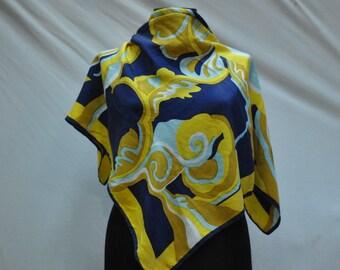 Vintage RETRO silk scarf .....