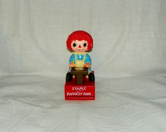 Vintage 1975 Staple with Raggedy Ann Personal Office Desk Stapler
