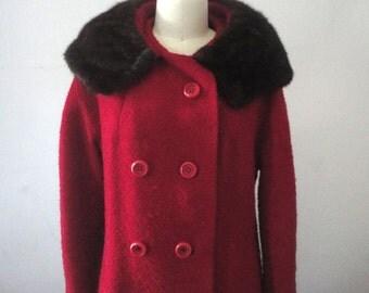 Vintage Wool Coat, Red Winter Coat, Fur Collar Coat, Ladies Size 6-8, Retro Chic, Mad Men Era, Cloth Coat, Midcentury Fashion, Funky Chic