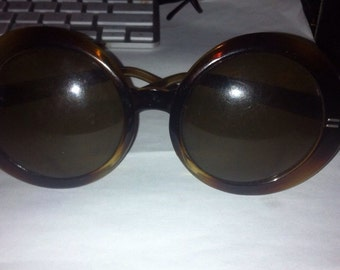 Vintage round bubble lens sunglass made in Italy