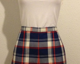 Beautiful plaid White Stag vintage shorts from the 50's